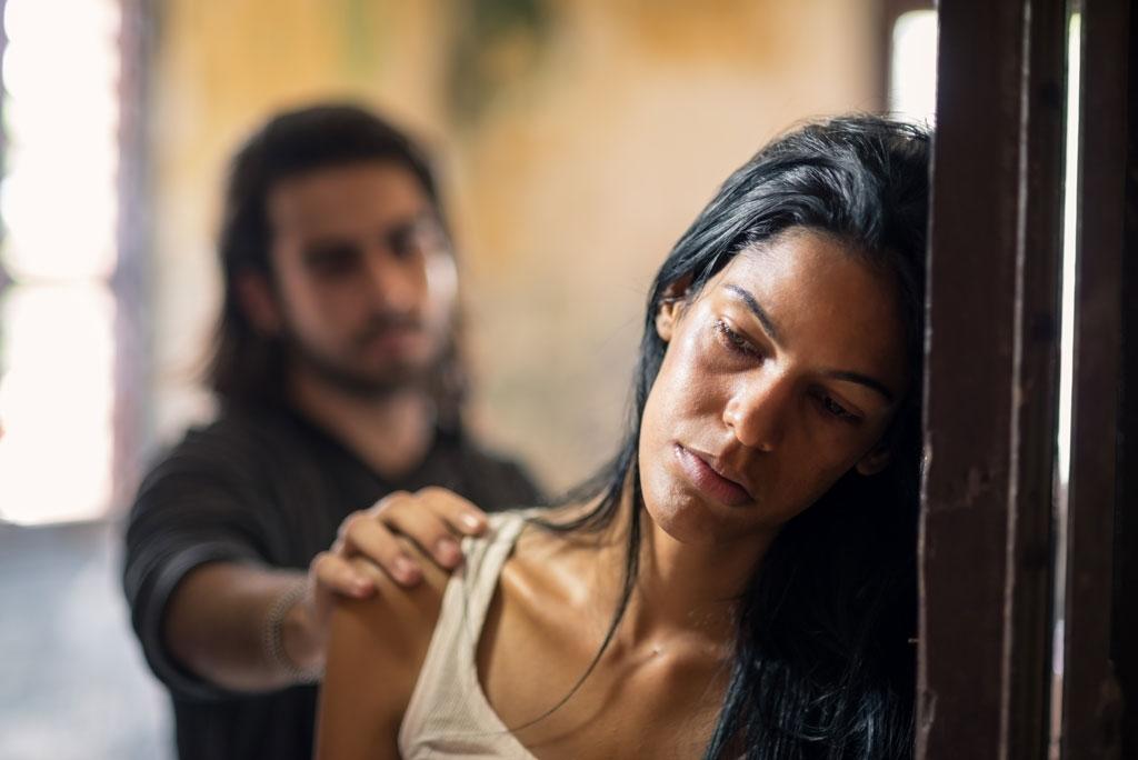 Remedios para las víctimas de violencia doméstica, trata y otros delitos